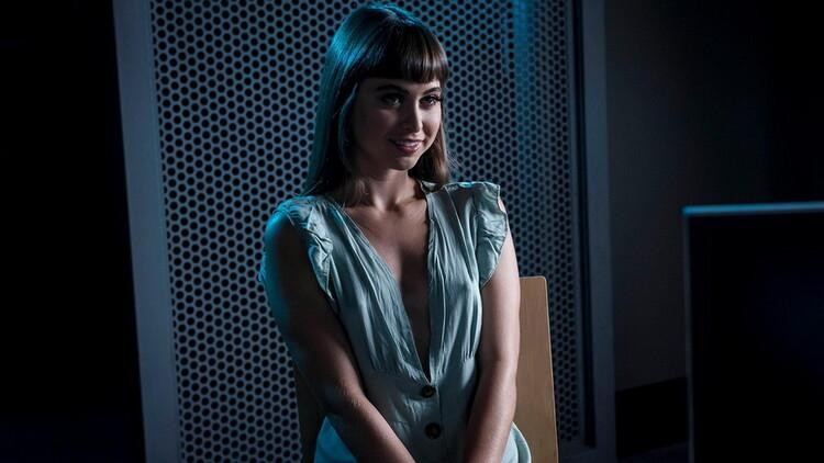 ZZSeries/Brazzers: BrazziBots: Part 1 - Riley Reid [2021] (SD 480p)