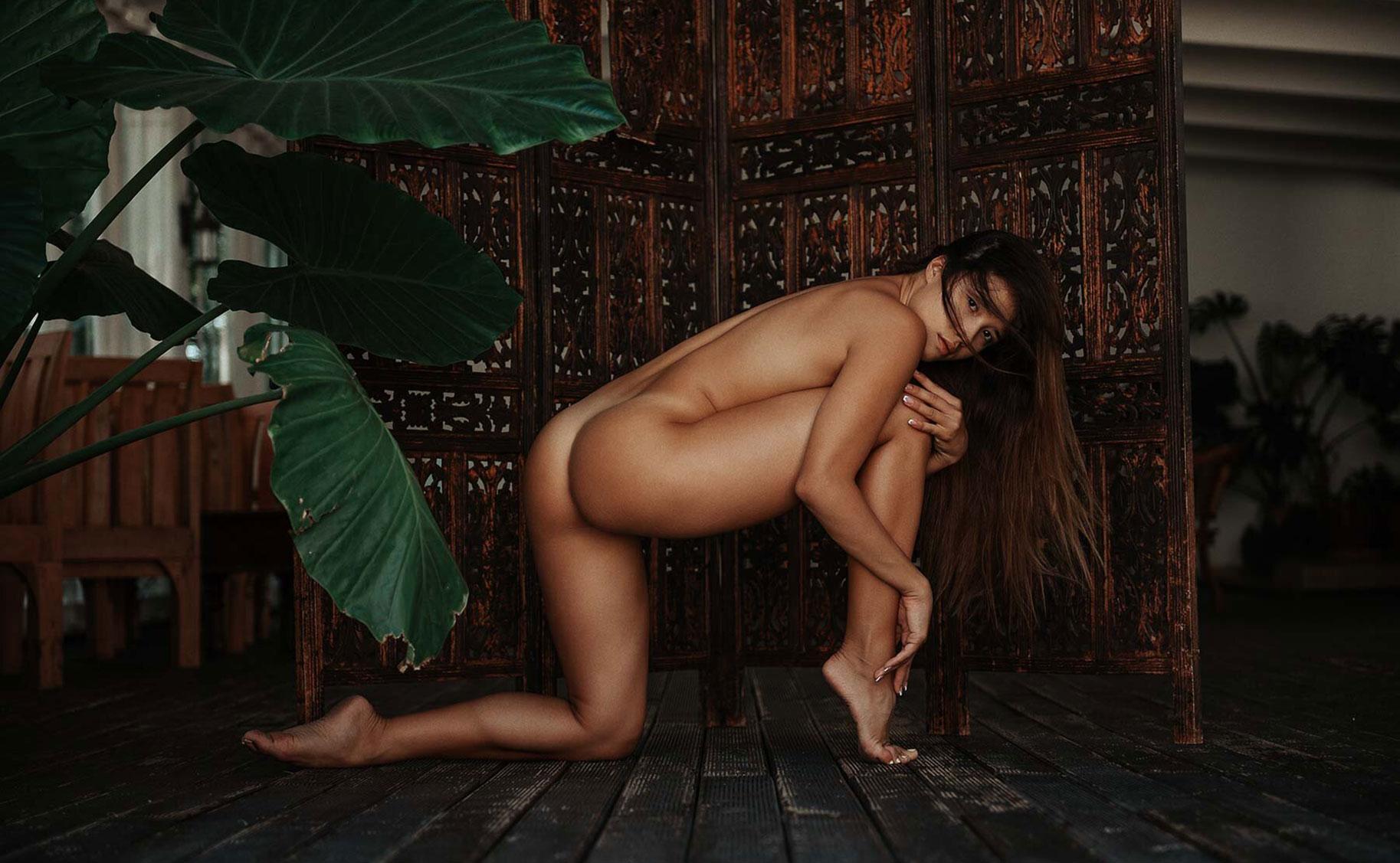 сексуальная болгарская гимнастка Йоана Николова / фото 01