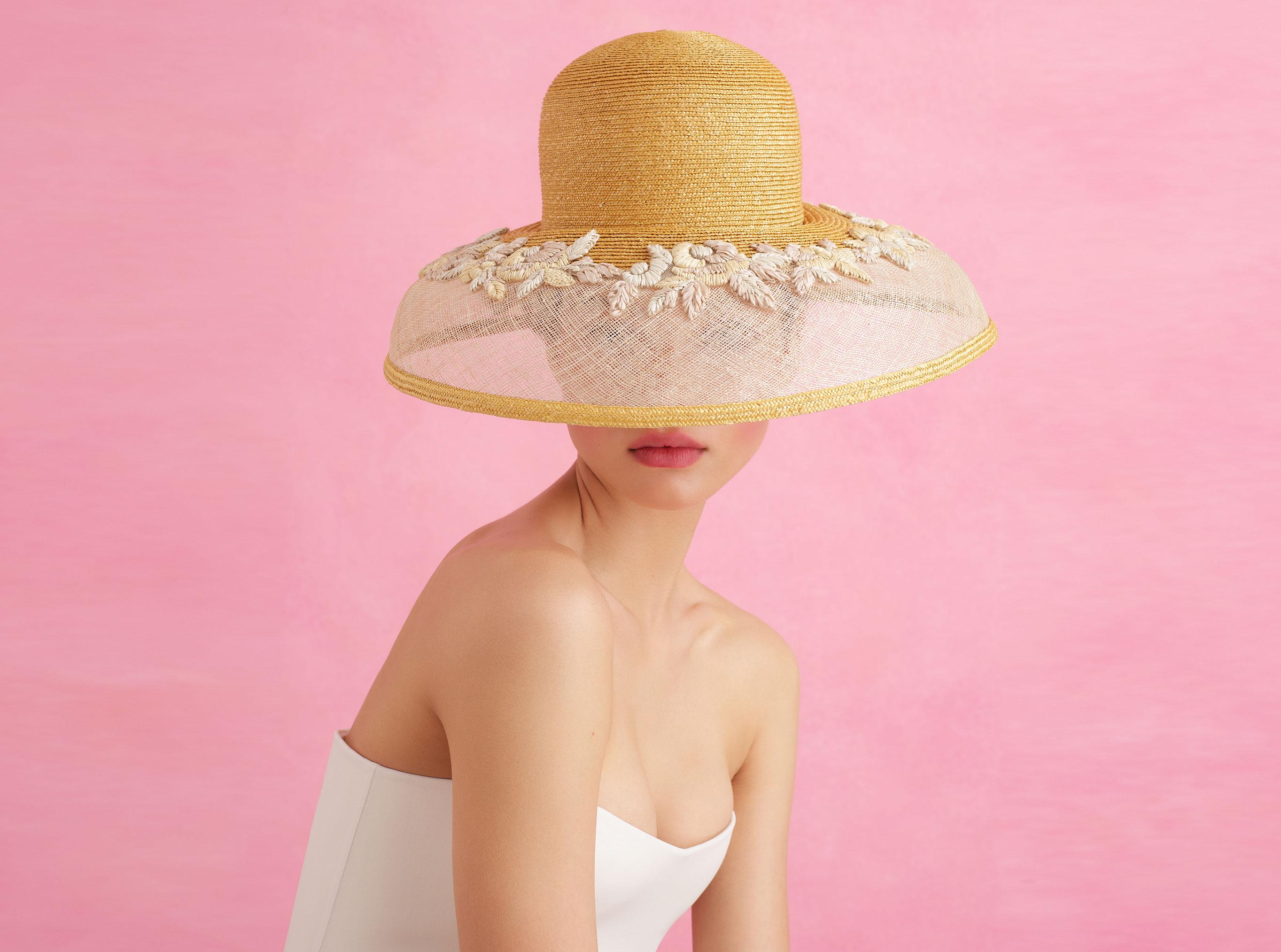 Модная коллекция бренда Ulyana Sergeenko, сезон весна-лето 2018 / фото 01