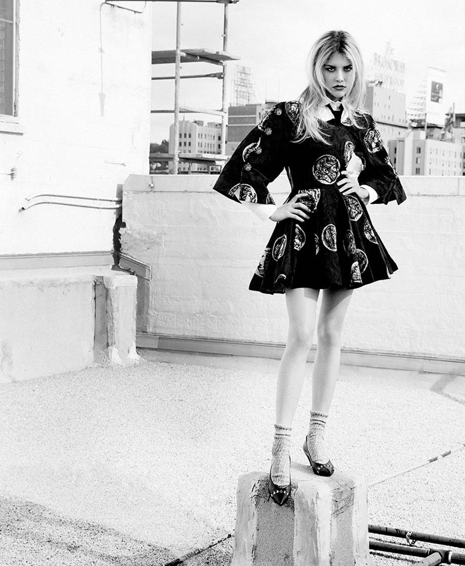 Эшли Смит на улицах Города Ангелов / фото 08