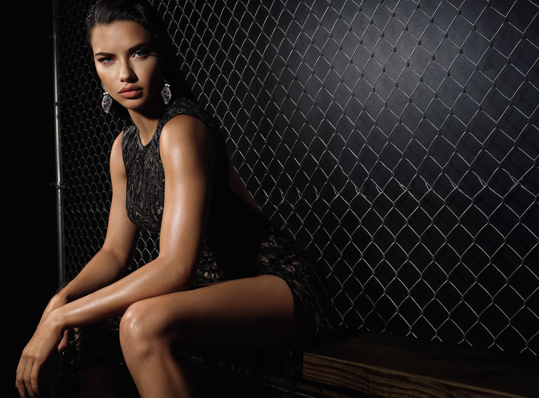 Супер-женщина Адриана Лима в журнале Numero Россия / фото 15