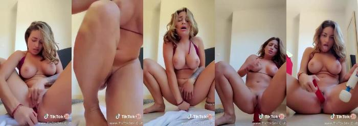 193185807 0303 pttk crazy hott brunette fucks herself with a dildo on iphone   porn from t - Crazy Hott Brunette Fucks Herself With A Dildo On Iphone - Porn From TikTok [720p / 64.56 MB]