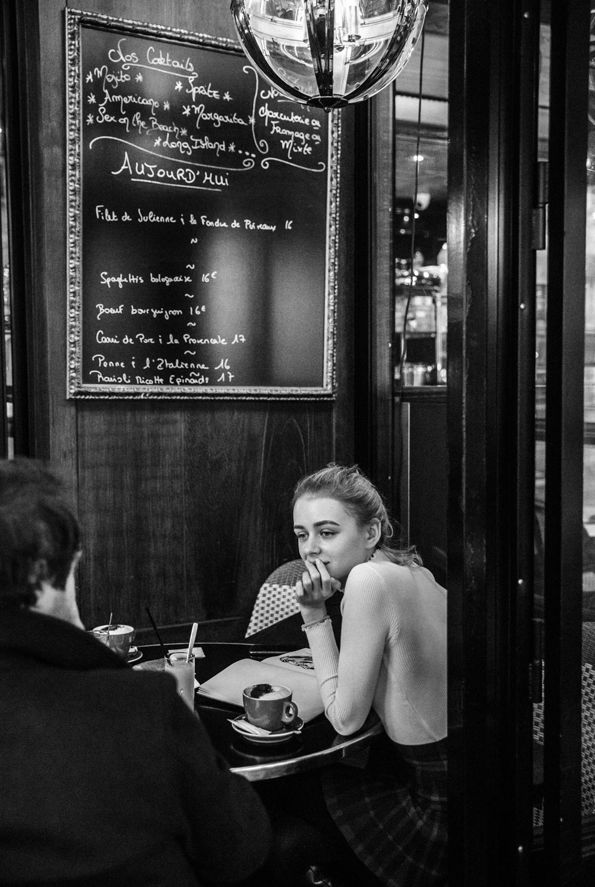 Яна Нагорняк в мастерской парижского художника / фото 03
