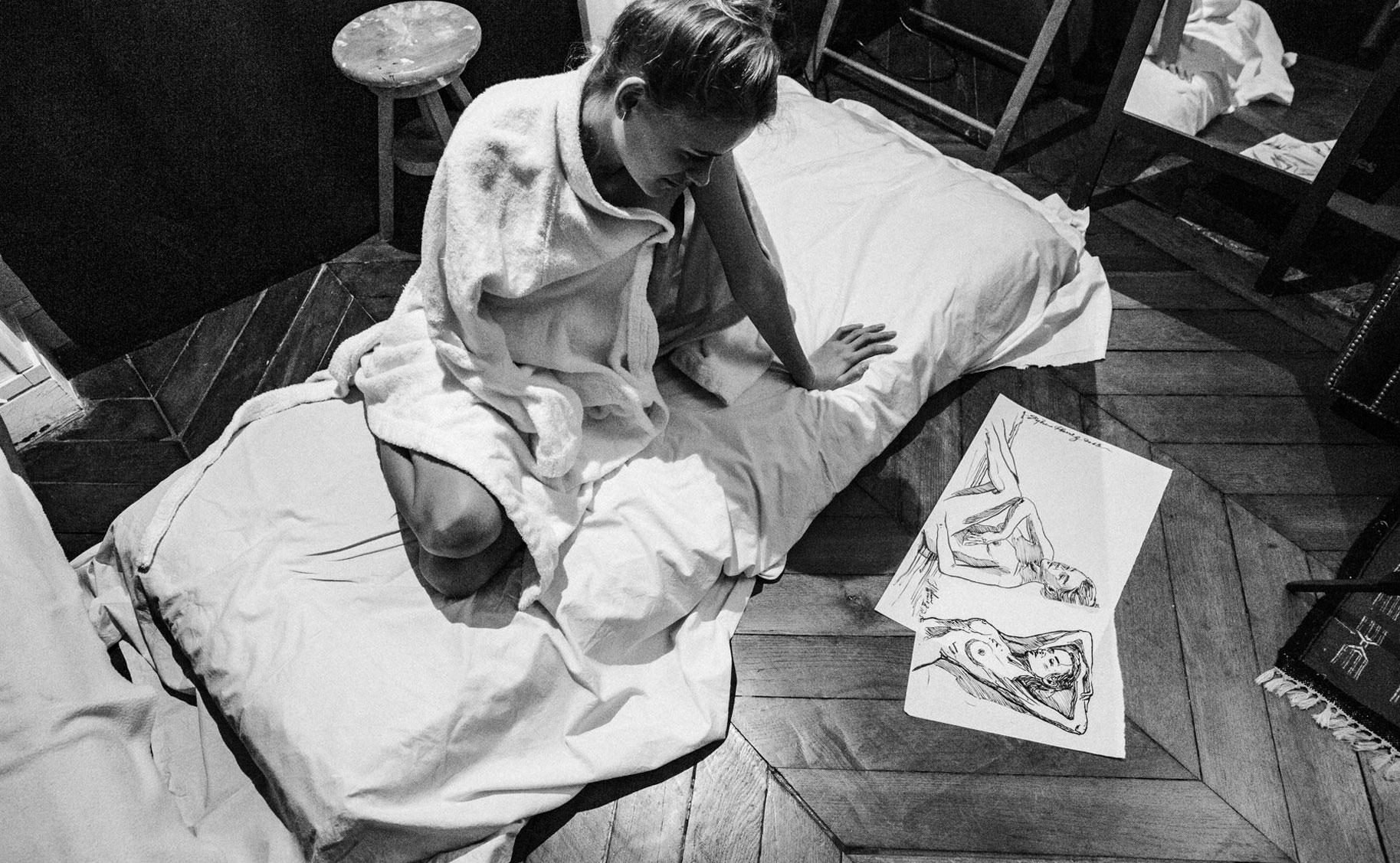 Яна Нагорняк в мастерской парижского художника / фото 21