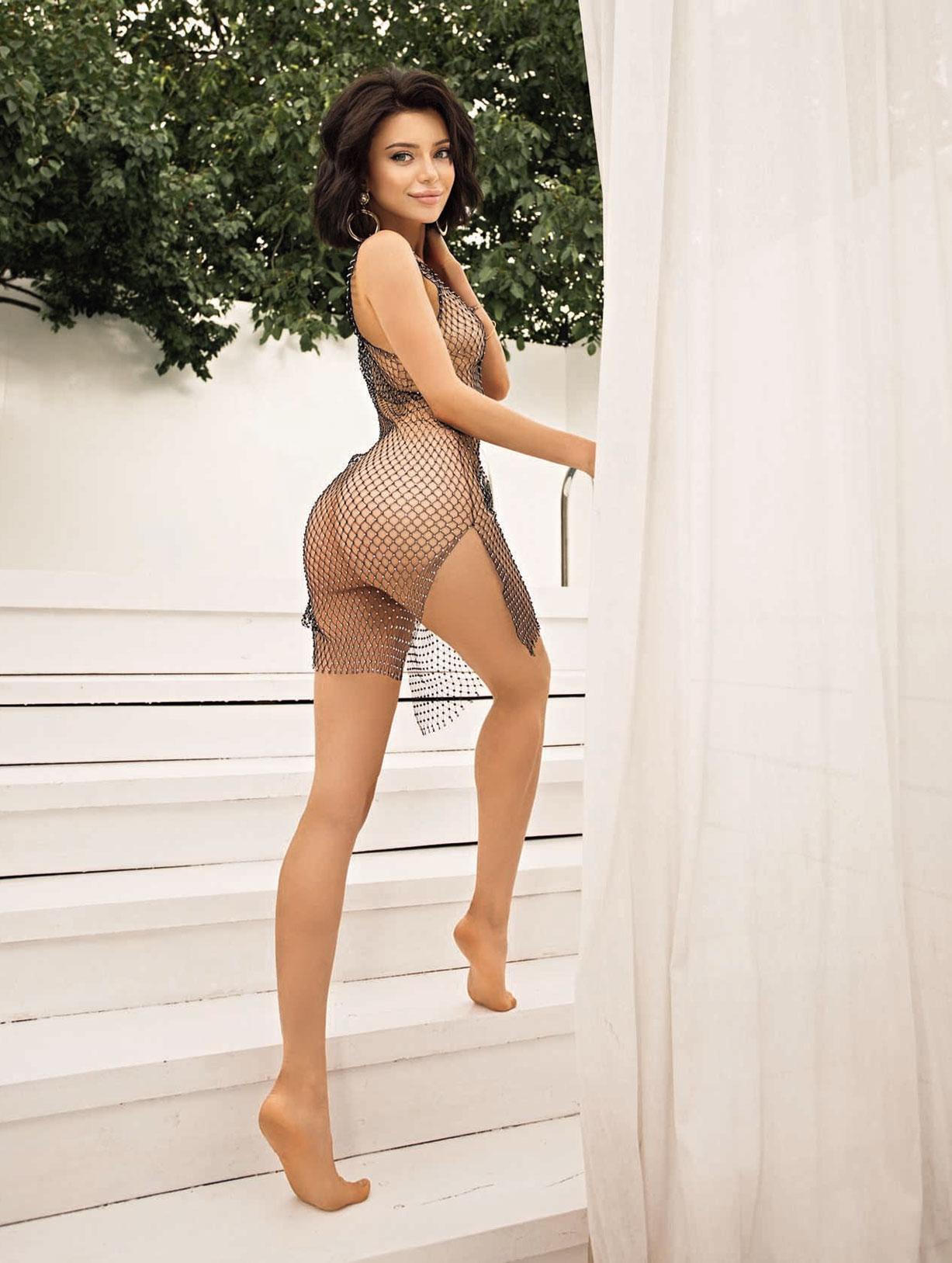 5-ая топ-модель Вселенной, легендарная Маша Студент в сексуальном нижнем белье / фото 07