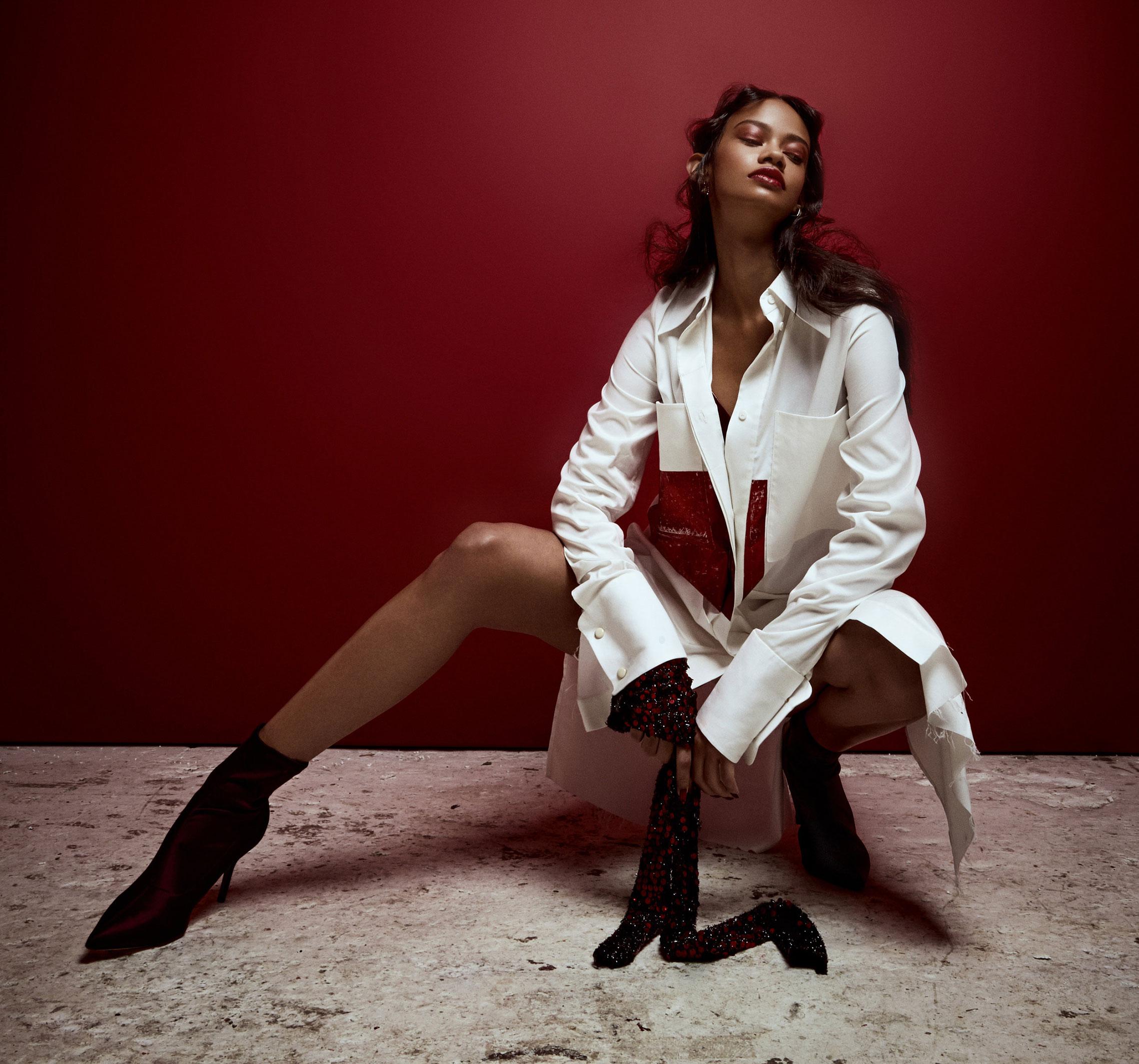 Таис Мартинс - женщина в красном / фото 01