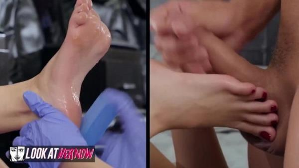 LookAtHerNow: Kimmy Granger - Kimmy Granger Gets her Feet Covered with Cum (FullHD) - 2021