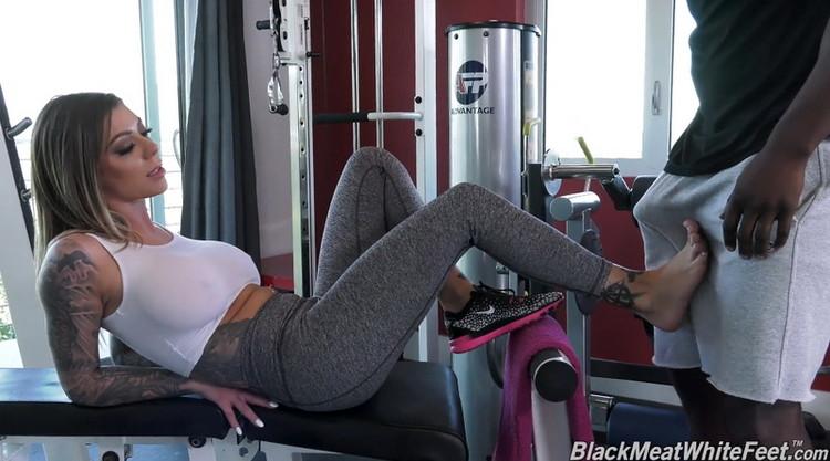 [DogfartNetwork] - Karma Rx - Personal Trainer Fucks Anal Slut Karma Rx (2021 / FullHD 1080p)