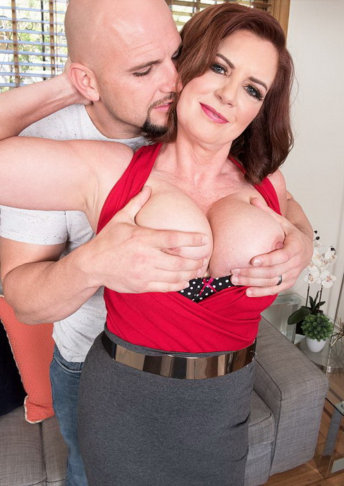 Andi James - Andi`s a mom, and she`s fucking JMac (ScoreHD (PornMegaLoad)/50PlusMilfs) FullHD 1080p