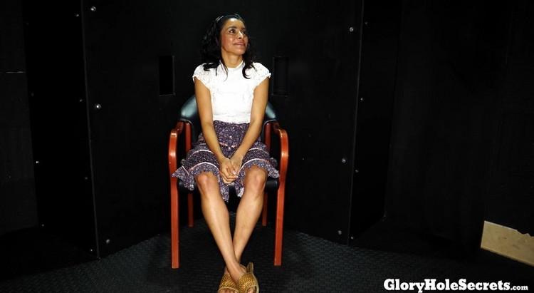 Unknown - Horny Latina Sex Freak Sucks and Fucks Cocks in Gloryhole | 8 Cumshots [GloryHoleSecrets] (FullHD|MP4|1.55 GB|2021)
