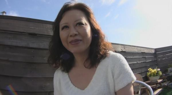 Saggy Japanese Granny Gets a Load of Cum in her old Pussy
