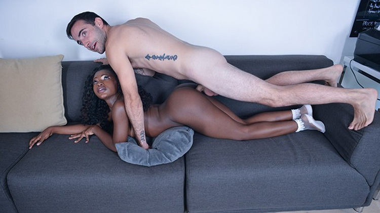 [BlackValleyGirls] - Noemie Bilas - Ebony Nerd Naomie Bilas Gets Makeover and Takes White Cock (2021 / FullHD 1080p)