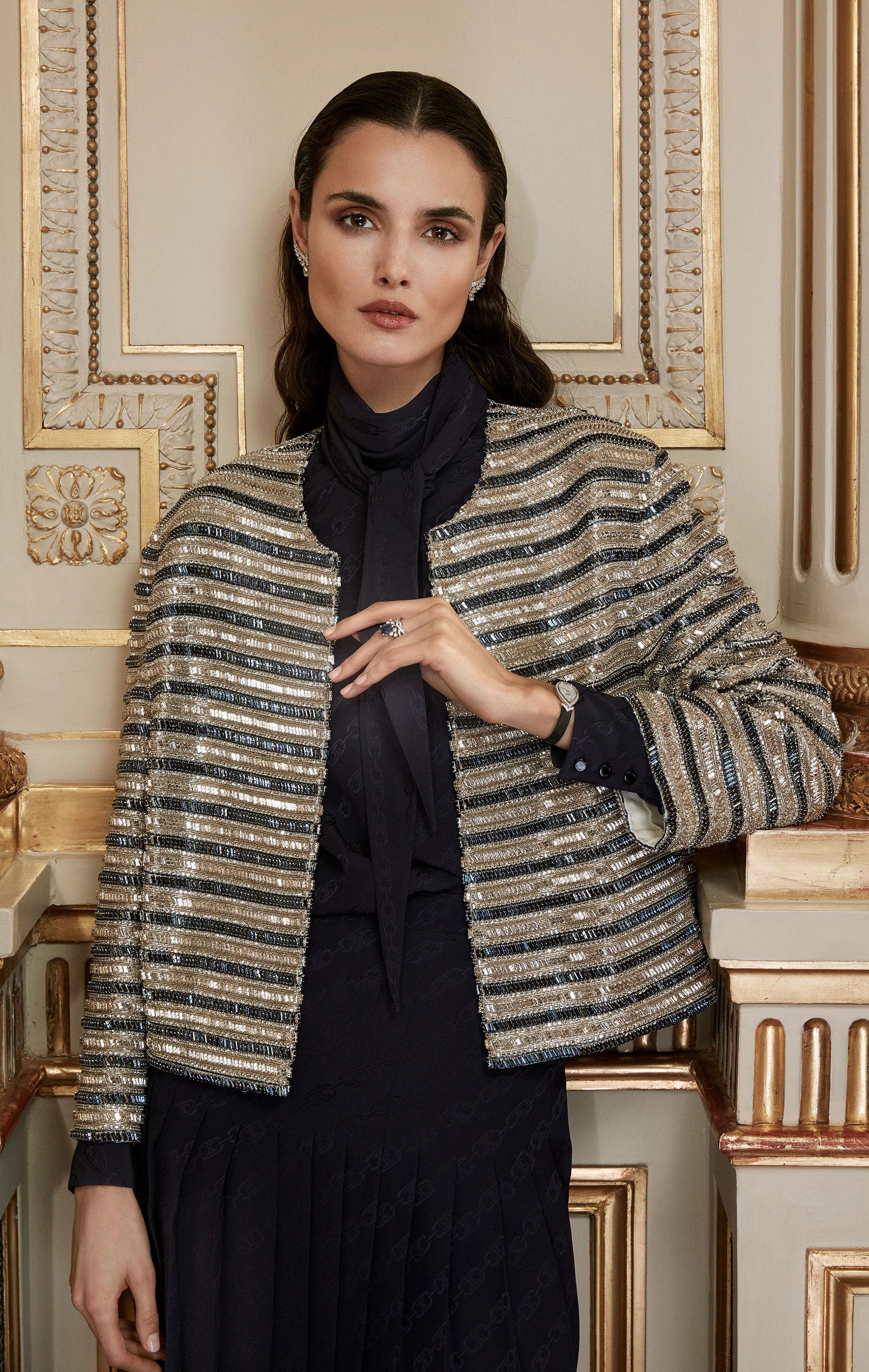 классические парижские ювелирные изделия Chaumet на красивой девушке / фото 15